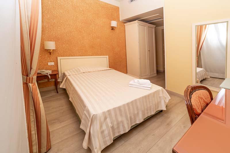 Camera Singola | Hotel Pallanza